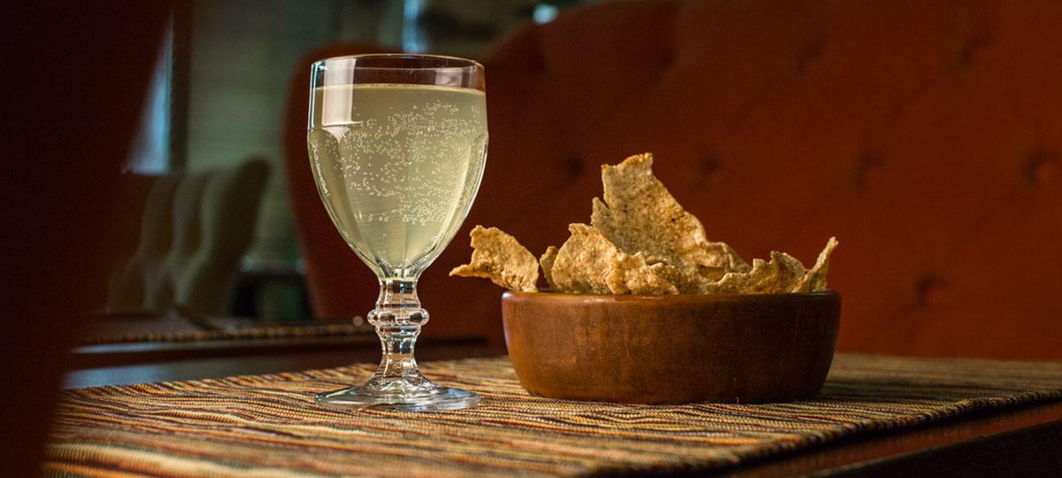 Суздальские деликатесы: Огуречный раф, розовая перловка и гречневые чипсы