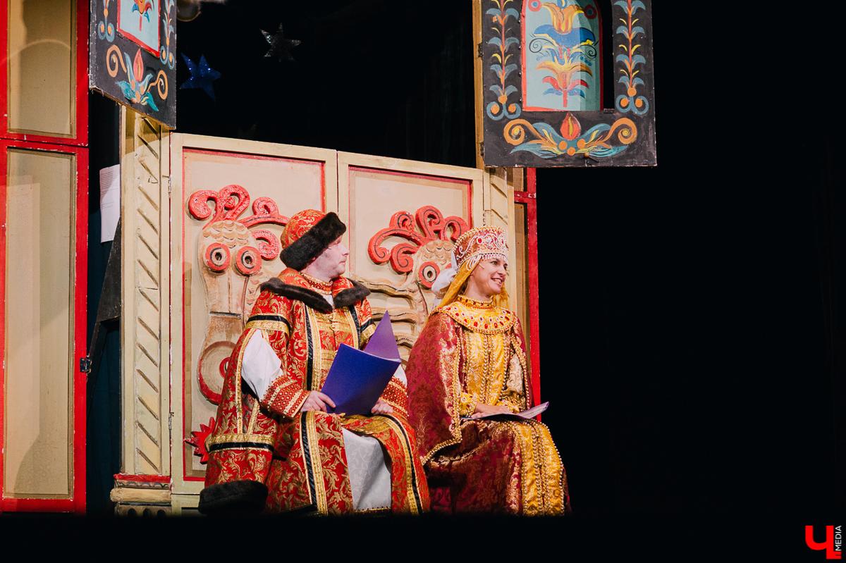 """С 19 по 26 сентября на Межрегиональном кукольном фестивале """"Золотое колечко"""" выступят не только артисты со всей страны, но и труппы болгарского и узбекского театров. В программе заявлено множество спектаклей для взрослых, а один даже для беременных"""
